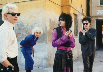 siouxsie_and_the_banshees_with_robert_smith